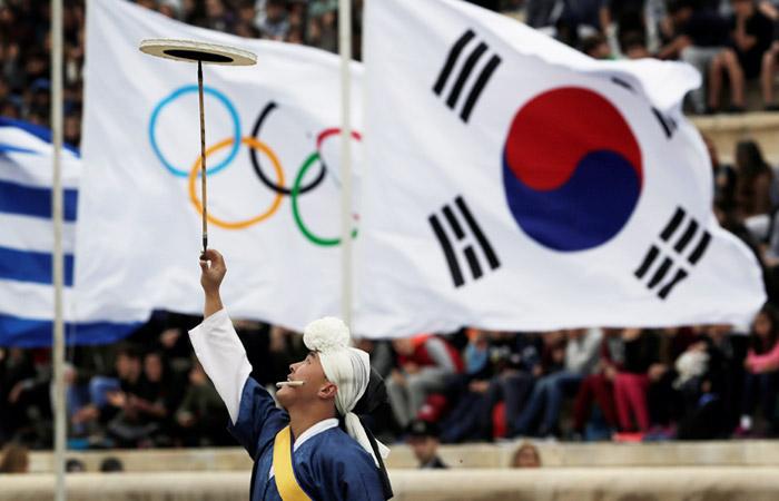 Власти РФ не будут запрещать спортсменам ехать на ОИ в нейтральном статусе