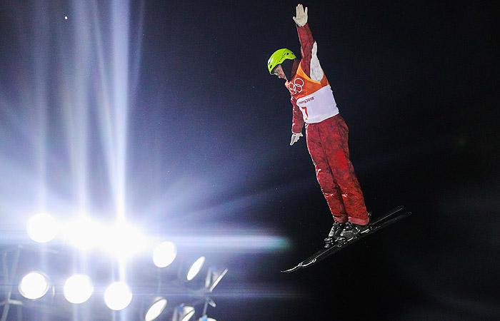 Российский фристайлист Буров заработал бронзу ОИ в воздушной акробатике