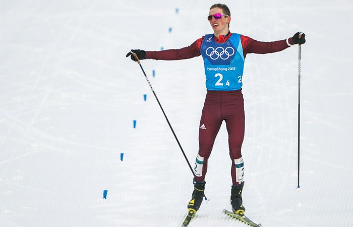 Российские лыжники Спицов и Большунов завоевали серебро ОИ в командном спринте
