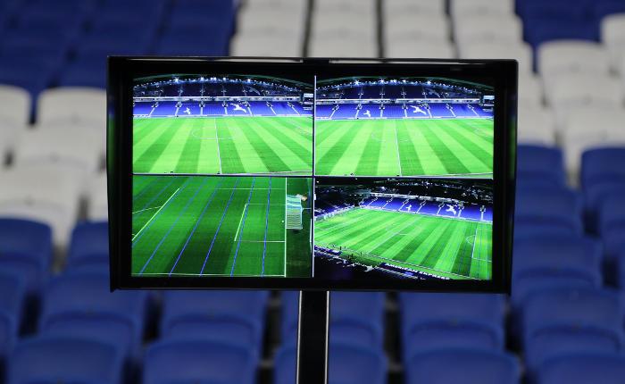Новые правила футбола разрешили видеоповторы на ЧМ