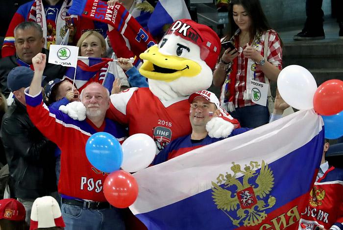 Сборная России по хоккею разгромила команду Белоруссии на ЧМ