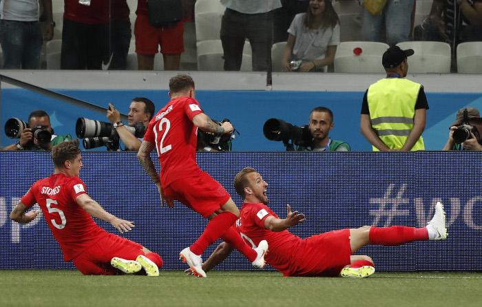 Сборная Англии по футболу победила команду Туниса в матче ЧМ-2018