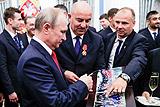 Путин в Кремле наградил членов сборной России по футболу