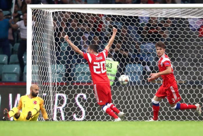 Сборная России победила Турцию в матче Лиги наций УЕФА