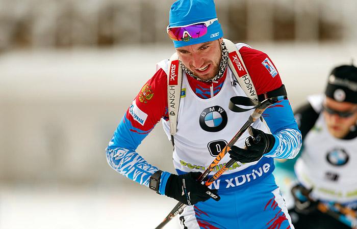 Россиянин Логинов стал третьим в гонке преследования на этапе КМ по биатлону