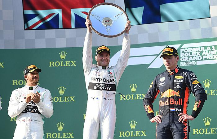 """Боттас выиграл Гран-при Австралии """"Формулы-1"""""""