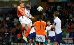 Футболисты сборной Голландии победили Англию и вышли в финал Лиги наций