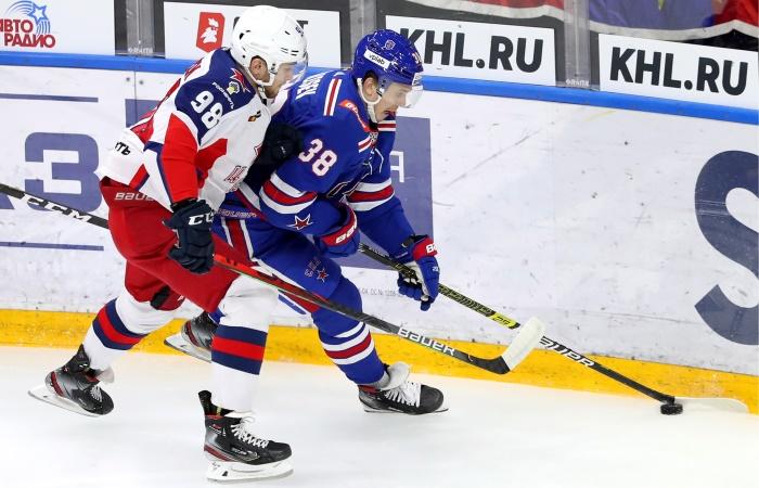 ЦСКА победил СКА в матче КХЛ