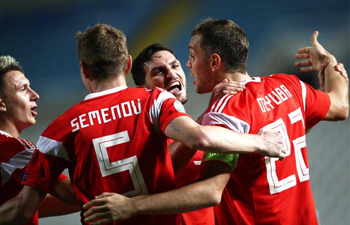 Назван состав сборной России по футболу на отборочные матчи Евро-2020