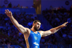 Бронзовый призер ОИ-2012 по вольной борьбе Махов попался на допинге