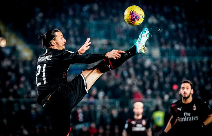 """СМИ сообщили о намерении Ибрагимовича покинуть """"Милан"""" после сезона"""
