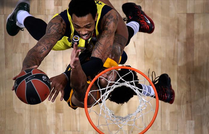 Сезон в баскетбольной Евролиге досрочно завершен