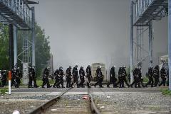 Губернатор Миннесоты объявил о первой в истории полной мобилизации Нацгвардии штата