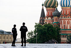 В Кремле выразили надежду на отмену ограничительных мер к дню парада Победы