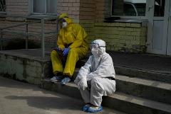 В России за сутки выявлены 8 855 новых заболевших коронавирусом
