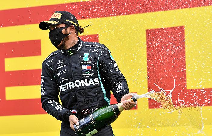 """Льюис Хэмилтон выиграл Гран-при Штирии """"Формулы-1"""""""