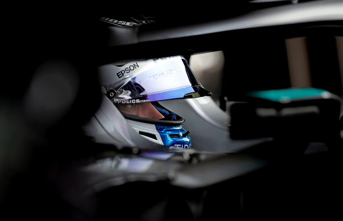 Валттери Боттас продлил контракт с командой Mercedes
