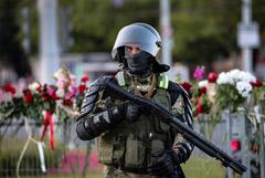 Начальник УВД Гродненской области попросил прощения за действия силовиков