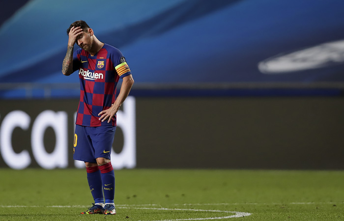 Лионель Месси недоволен, что его неподдержали иные игроки «Барселоны»