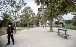 Во Франции побит рекорд по числу заболевших COVID-19