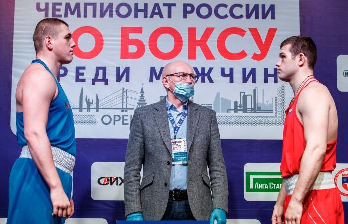 Впервые в истории чемпионатов России по боксу провели битву взглядов