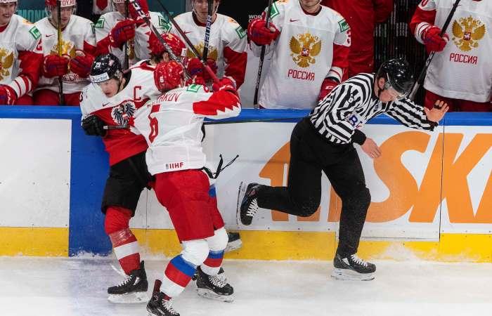 Россия разгромила Австрию на молодежном ЧМ и досрочно вышла в плей-офф