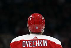 """НХЛ отстранила россиян из """"Вашингтона"""" за нарушение антиковидных норм"""