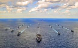 Министр обороны США подтвердил готовность поддержать Японию в конфликте с Китаем