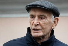 Госпитализированного с COVID Василия Ланового перевели в реанимацию
