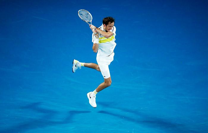 Медведев впервые в карьере вышел в финал Australian Open
