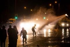 Беспорядки продолжились в Северной Ирландии в ночь на субботу