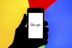 РКН дал Google, Twitter и Facebook срок до конца мая для локализации данных россиян