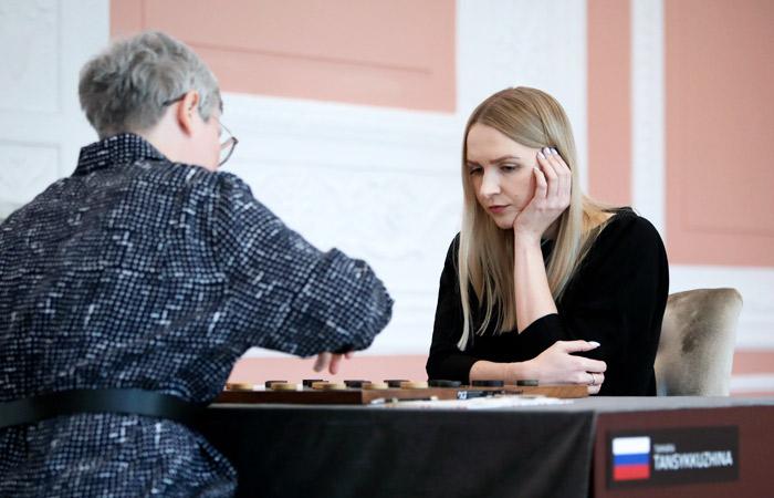 По ходу финала ЧМ по шашкам польские организаторы убрали флаг РФ