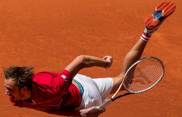 Медведев не смог выйти в четвертьфинал турнира Masters в Мадриде