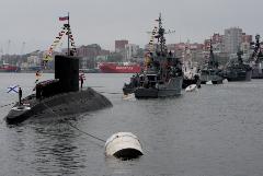 Более 1,2 тыс. военных ТОФ поучаствовали в параде Победы во Владивостоке