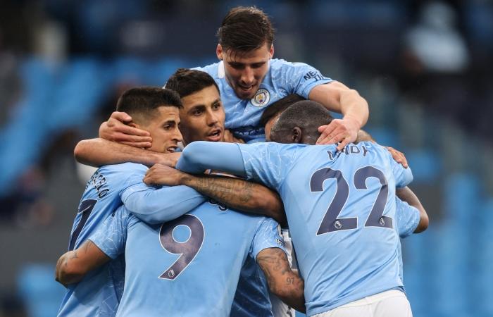 """""""Манчестер Сити"""" стал семикратным чемпионом Англии по футболу"""