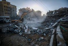 Почти 350 человек пострадали за ночь в Израиле и Палестине