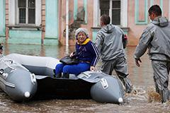 Началась эвакуация жителей из затопленных зон Ялты
