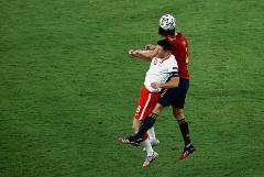 Испания и Польша сыграли вничью на Евро-2020