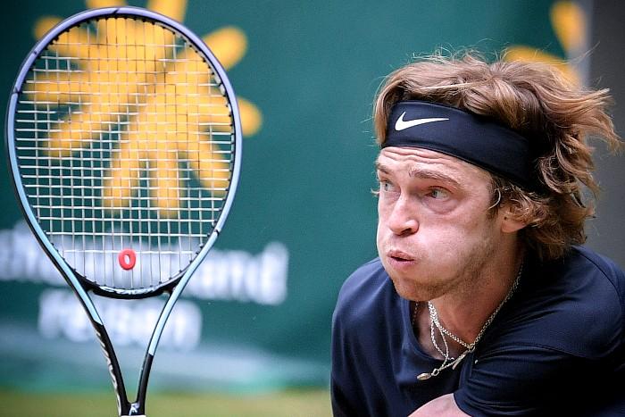Российский теннисист Рублев проиграл в финале турнира в Германии