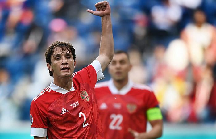 Фернандес выйдет в стартовом составе сборной России на матч против Дании