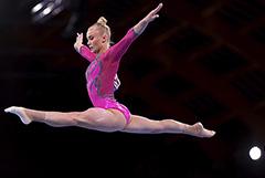 Российская гимнастка Мельникова завоевала бронзу в многоборье
