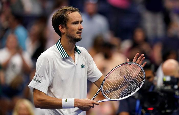 Россиянин Медведев вышел в полуфинал US Open