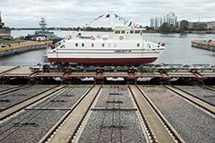Первое безэкипажное судно в России спустили на воду в Петербурге