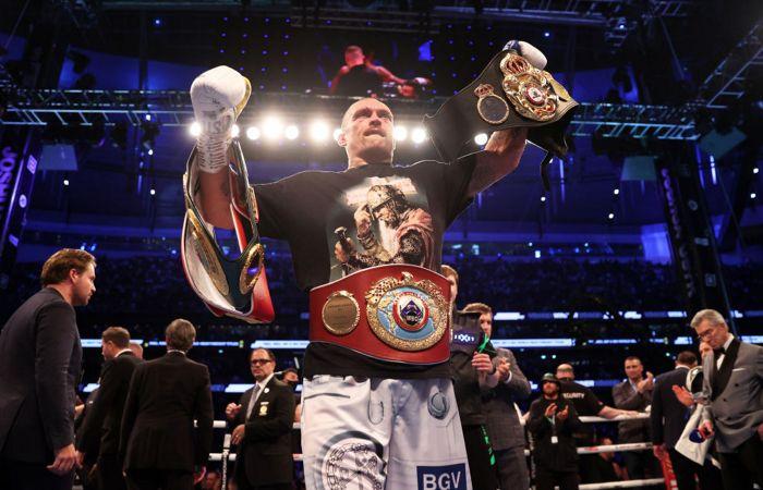 Усик победил Джошуа и стал чемпионом по версиям IBF, WBA, WBO, IBO