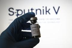 """ВОЗ возобновила процедуру одобрения вакцины """"Спутник V"""" для экстренного применения"""