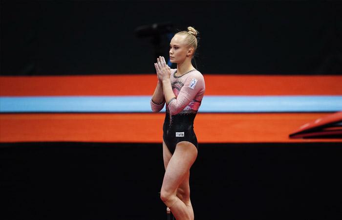 Гимнастка Мельникова принесла России первое с 2010 года золото ЧМ в личном многоборье