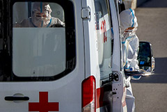 В России число умерших от COVID-19 за сутки достигло нового максимума