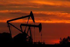 Brent подешевела почти на 2% на данных о запасах в США